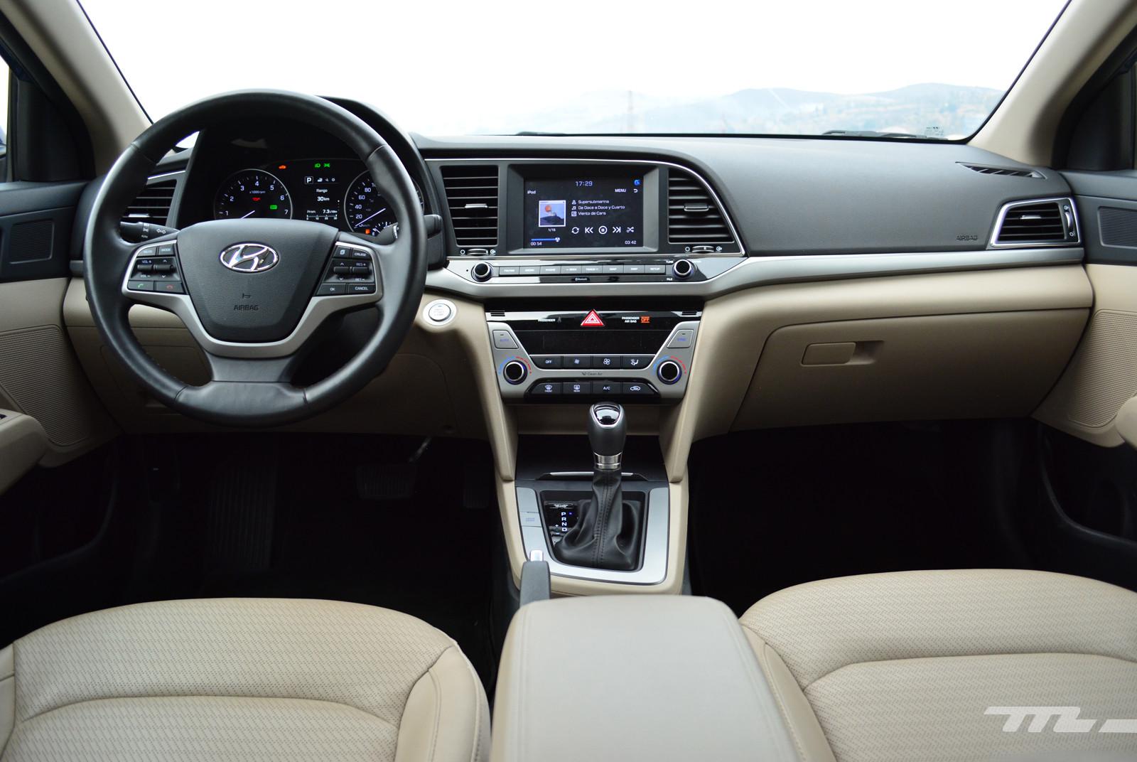 Foto de Hyundai Elantra (Prueba) (7/19)