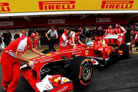 La FIA permitirá utilizar los coches de este año en las próximas pruebas de Pirelli