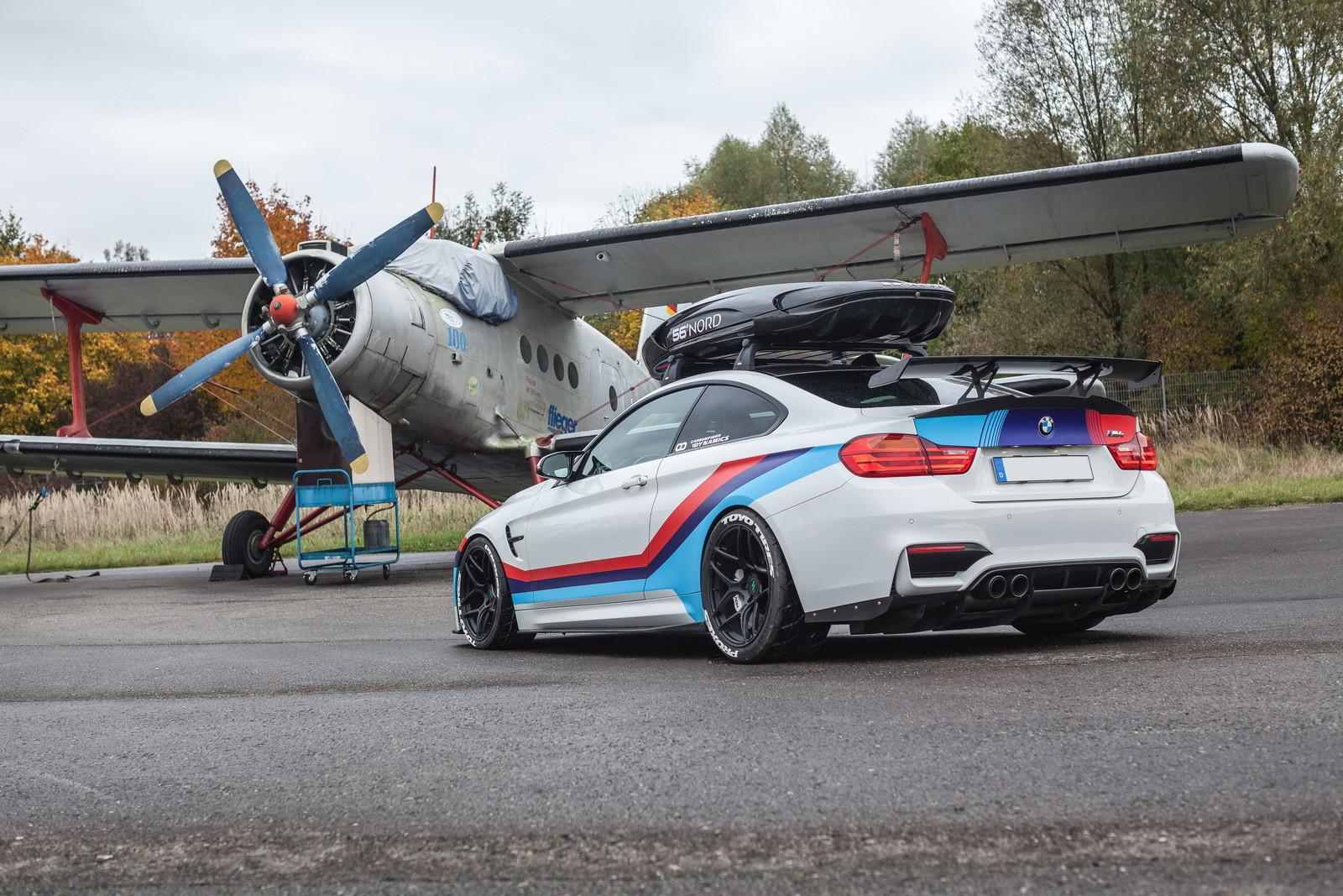 Foto de BMW M4R (8/29)