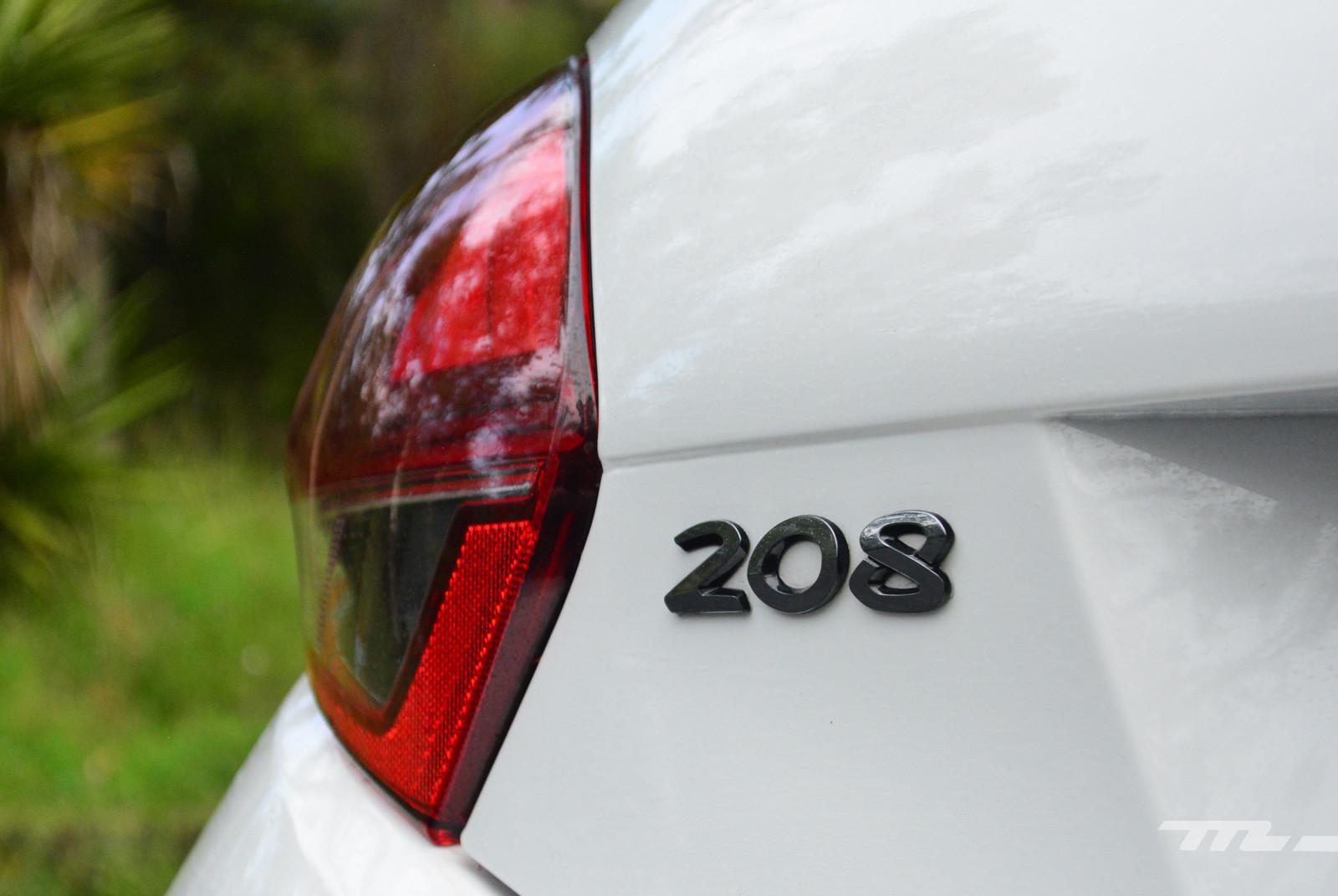 Foto de Peugeot 208 Puretech (9/17)