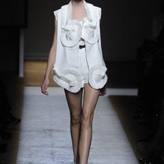 Foto 3 de 17 de la galería yves-saint-laurent-primavera-verano-2010-en-la-semana-de-la-moda-de-paris en Trendencias