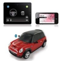 El coche teledirigido Beewi ya es amigo del iPhone