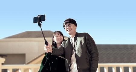 Este verano haz fotos con tu móvil y el Xiaomi Mi Stick, un trípode, disparador y palo selfie de oferta en Amazon a 17 euros