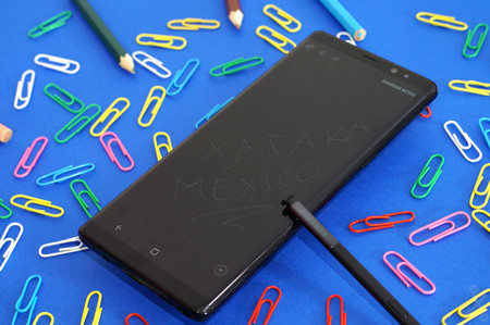 El Galaxy Note 9 tendría S-Pen más inteligente: control de música, obturador de cámara y más, gracias al Bluetooth