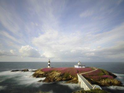 Illa Pancha (Lugo): la isla de una hectárea con dos faros y un hotel