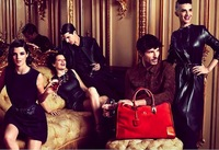 Loewe vuelve a reunir a la <em>creme de la creme </em> española entre bolsos y trapitos