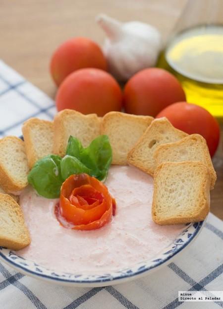 Mousse de tomate y albahaca