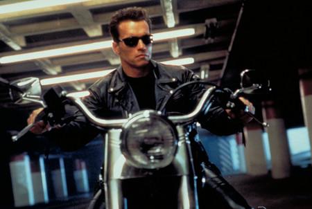 Arnold Schwarzenegger contestando a los fans en Reddit se postula a mejor momento del año