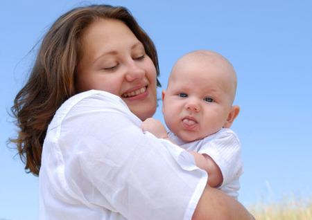 ¿Seguimos el mismo estilo de crianza de nuestras madres?