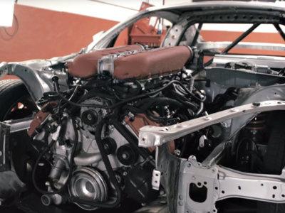 Este Toyota GT86 se está tragando un Ferrari 458 Italia