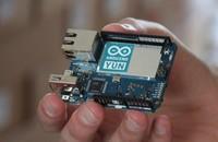 Arduino YÚN, la familia y uno más