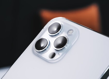 Los iPhone 13 Pro contarán con autofocus en las lentes de ultra gran angular, según Ming-Chi Kuo