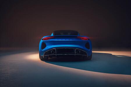 Lotus Emira 1