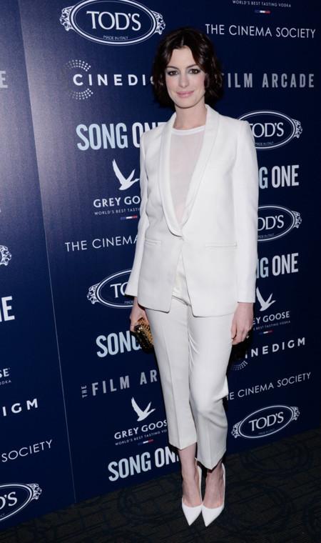 Anne Hathaway Traje Blanco Iro Theory