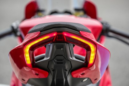 Ducati Panigale V2 2020 006