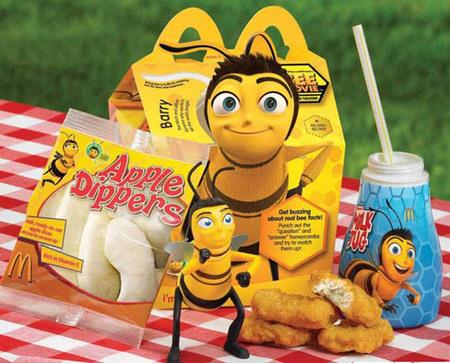 Se prohibirán los regalos en los menús infantiles de comida rápida