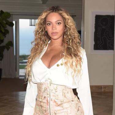 El primer look de Beyoncé tras dar a luz a los mellizos Rumi y Sir Carter no tiene desperdicio alguno
