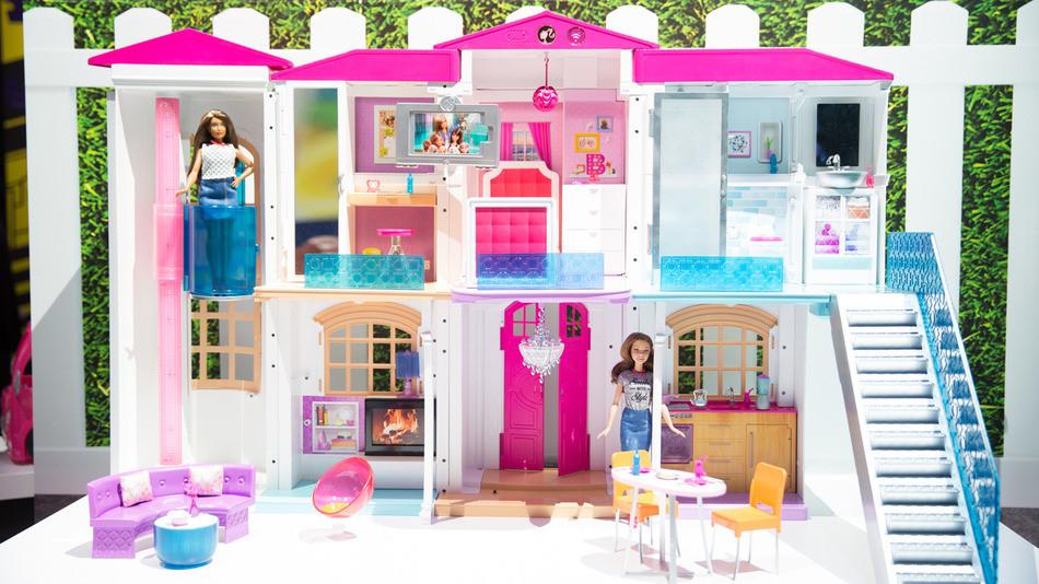 La versi n 2016 de la nueva casa de barbie es controlado - Arreglar la casa de barbie ...