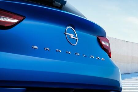 Opel Grandland 2021 013