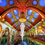 La psicodélica y colorida arquitectura de Freddy Mamani