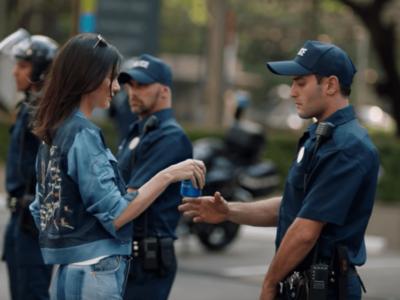 Ni Kendall Jenner ni Pepsi: a Twitter no le convence en absoluto el nuevo anuncio de la marca de refrescos