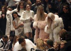 Yeezy 3: las Kardashian copan todo el protagonismo