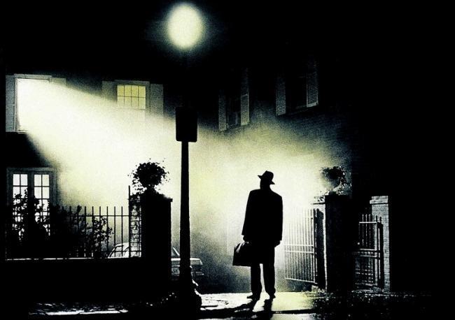 Imagen con el cartel de 'El exorcista'