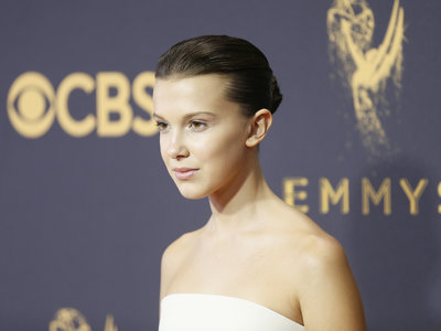El efecto wet se hace fuerte en la alfombra roja de los Emmys