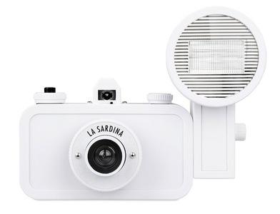 La Sardina DIY Edition: cámara lomográfica para que la decores a tu gusto