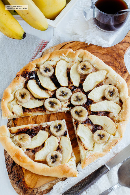 Pizza de plátano y manzana: receta fácil