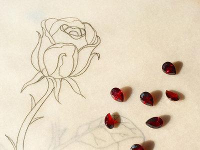 ¿Te crees una princesa de cuento? Entonces necesitarás estas joyas de la Bella y la Bestia para tu colección