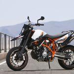¡Pillada! La KTM 790 SM está casi lista para debutar en 2020 y hacer frente a la Ducati Hypermotard 950
