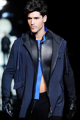 Emporio Armani, Otoño-Invierno 2010/2011 en la Semana de la Moda de Milán