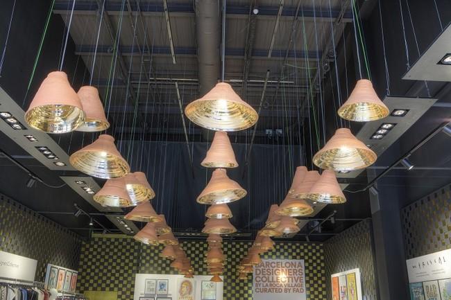 Detalle Lamparas Pop Up Boutique Del Barcelona Designers Collective Foto Agustin Amate