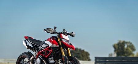La nueva Ducati Hypermotard 950 estrena plataforma IMU, más potencia y estética más agresiva