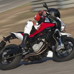 Foto 75 de 111 de la galería husqvarna-nuda-900-y-900r-datos-y-fotos-oficiales en Motorpasion Moto