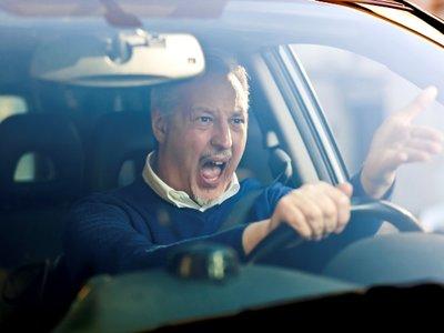El síndrome del conductor violento: ¿Qué problemas tienen con el mundo?