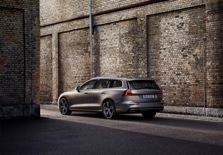 Volvo V60 2019 10