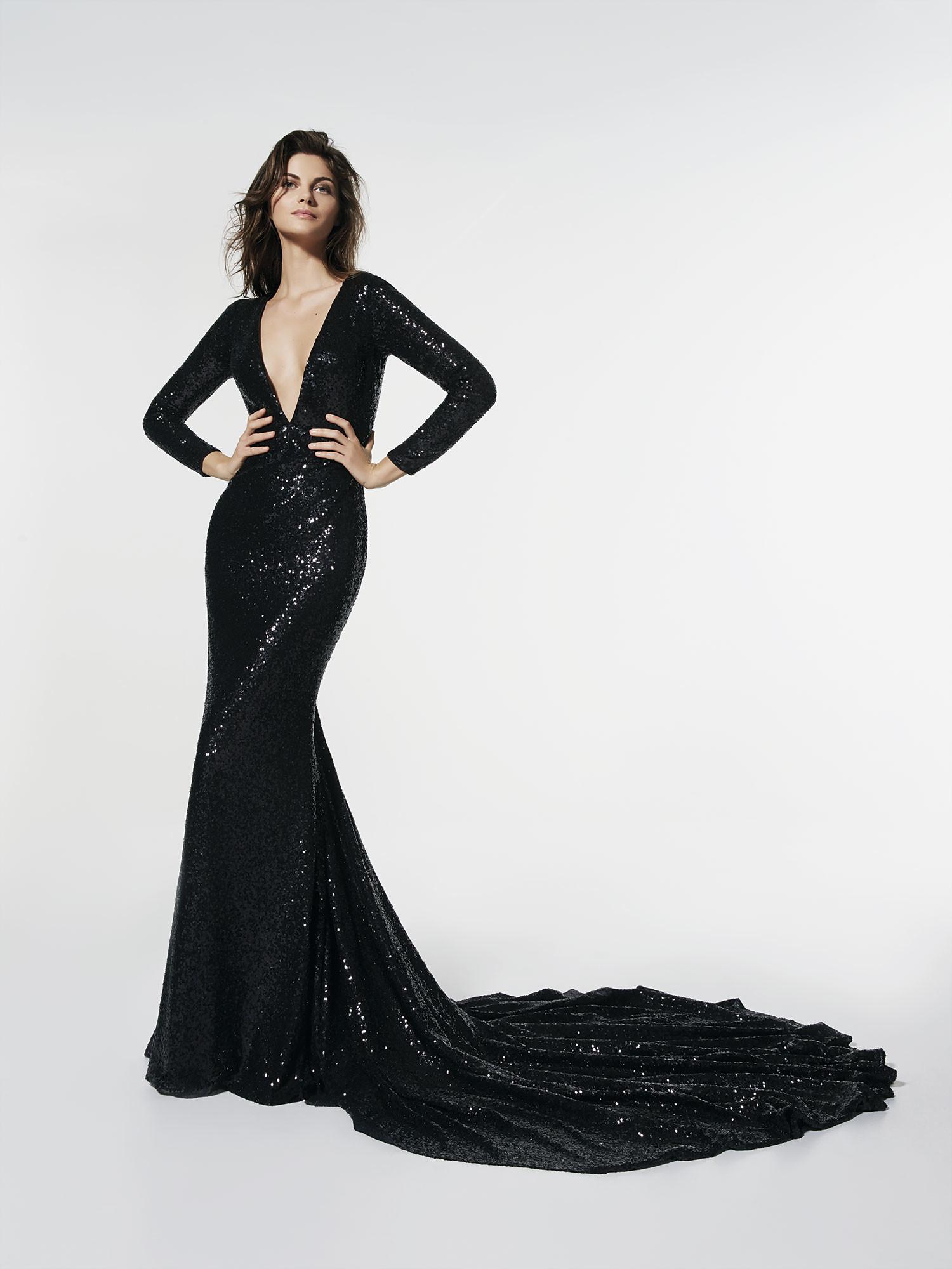 36a93ad6b7 Ya está aquí la colección de vestidos de fiesta de Pronovias 2018 ...