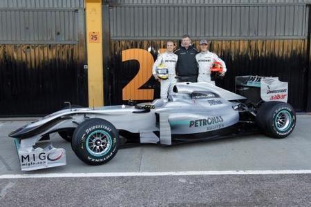 Mercedes presenta el MGP W01