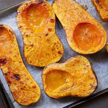 Cómo asar calabaza: nueve formas de cocinar esta hortaliza al horno (y en qué recetas usar cada una)