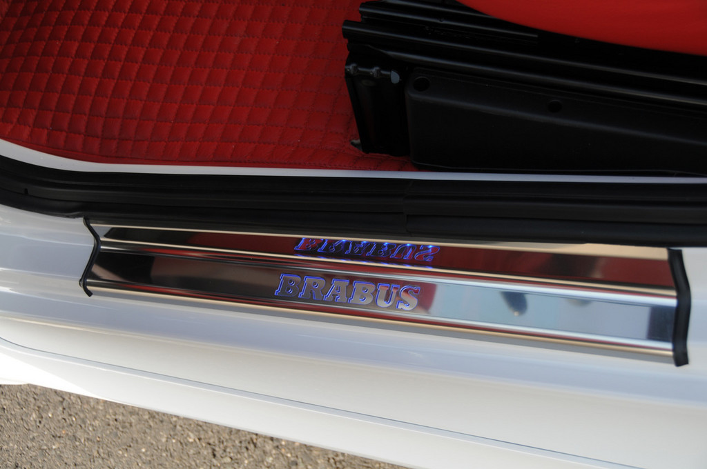 Foto de Brabus SLR McLaren y Brabus Smart Ultimate 112 (32/40)