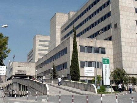 Guerra de competencias en el Hospital de Málaga