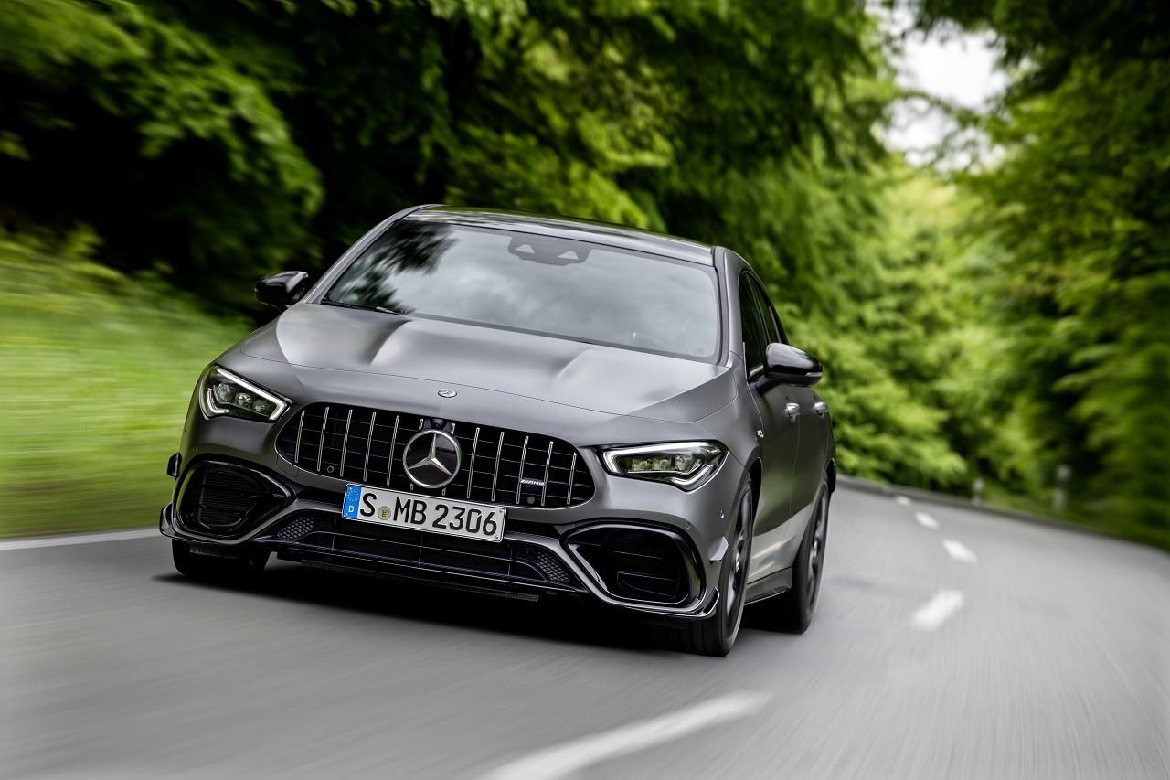 Foto de Mercedes-AMG CLA 45 4Matic (21/38)