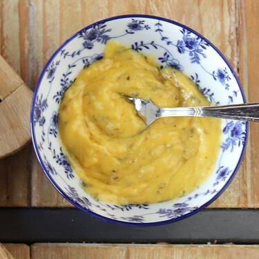 Receta de salsa bearnesa, cómo hacerla y con qué platos puedes utilizar esta clásica salsa de la cocina francesa
