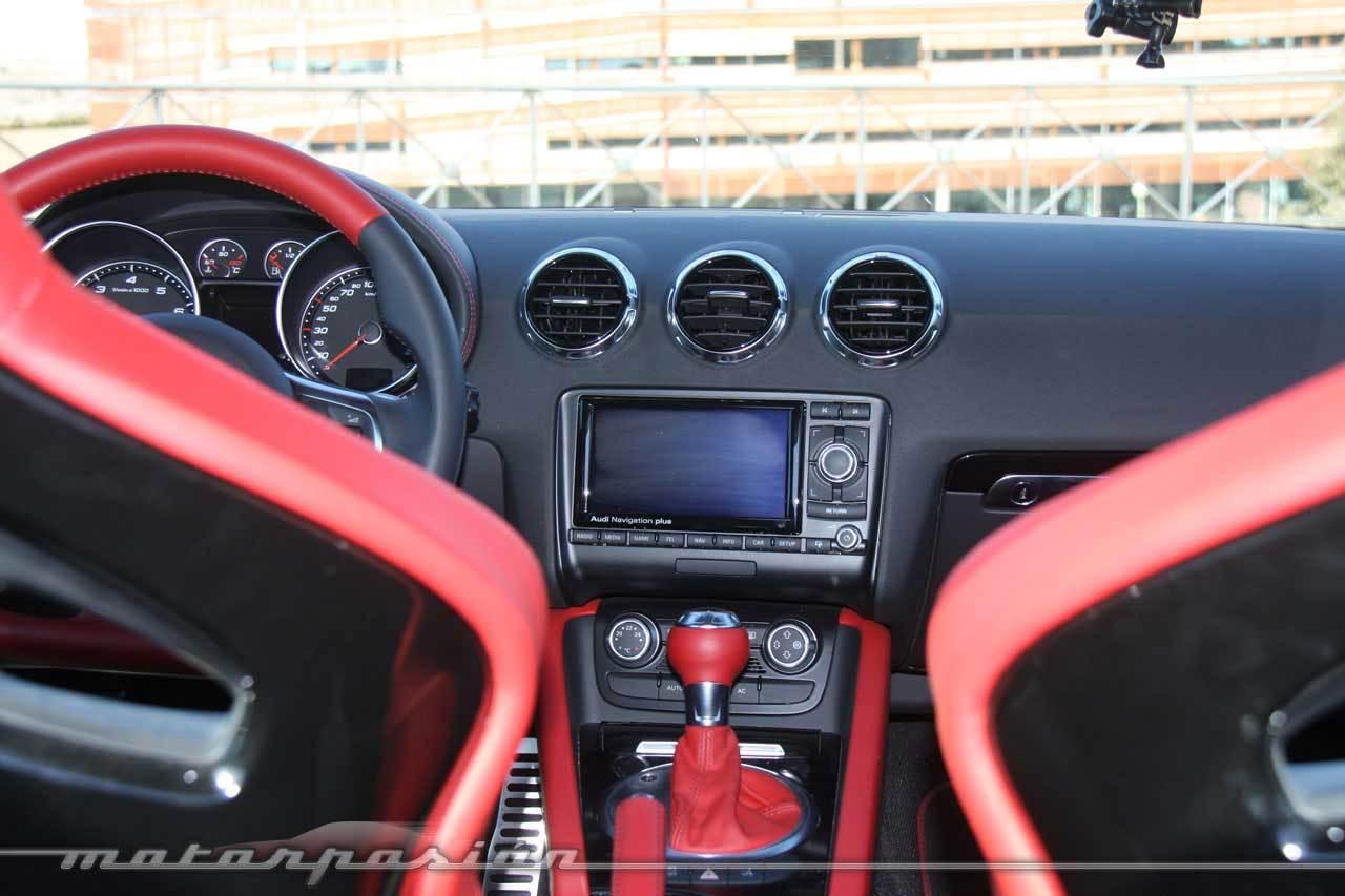 Foto de Audi TT RS S-Tronic (miniprueba) (17/51)