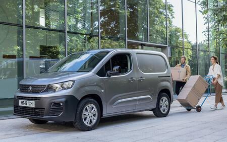 Llega la Peugeot e-Partner: la prima hermana de la Berlingo eléctrica ya está disponible desde 24.957 euros