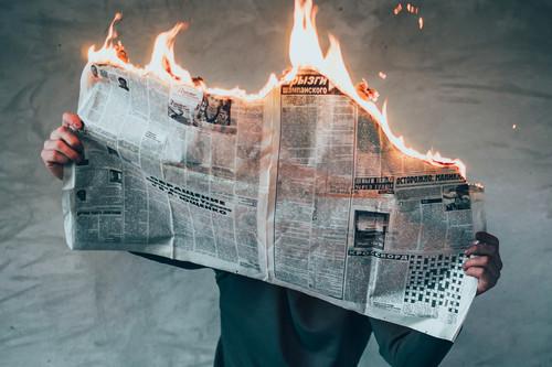 5 extensiones y webs para evitar bulos o noticias falsas