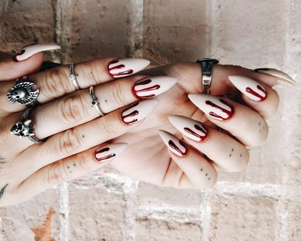 Las 23 manicuras con las que sacar las uñas este Halloween