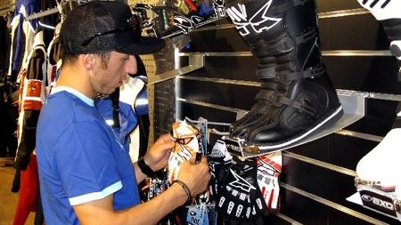 Tony Cairoli en AXO Italia